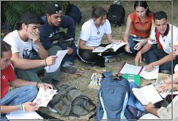 https://i2.wp.com/www.aporrea.org/imagenes/2010/11/estudiantes_reunidos_p.png