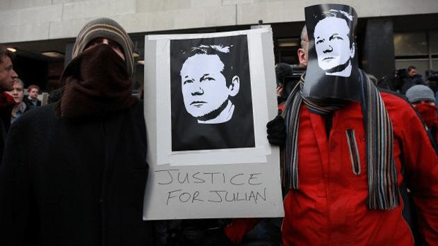 El menosprecio a la ley internacional por parte de EE.UU. y sus aliados extranjeros en el caso de Julian Assange no tiene precedentes