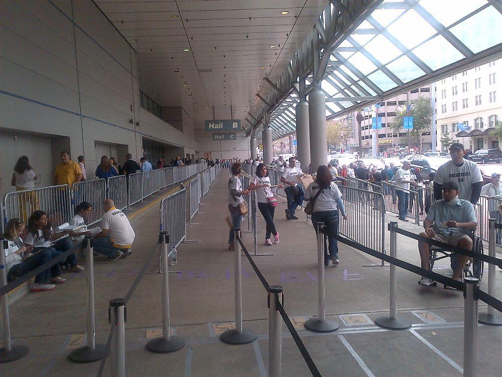A pesar de la gran exposición mediática y la gran logística que prometía la oposición venezolana en Miami, los votantes no hicieron presenceia en masa en Nueva Orleans