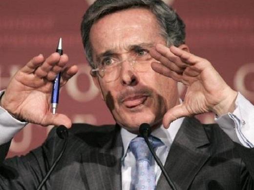 El expresidente colombiano Alvaro Uribe