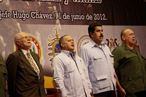 Vicepresidente Maduro se dirigió a la FANB, luego de recibir sus propuestas para nutrir el II Plan Socialista de la Nación 2013-2019