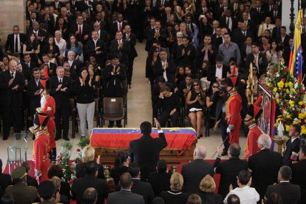 Vicepresidente Maduro en el funeral del Comandante Chávez