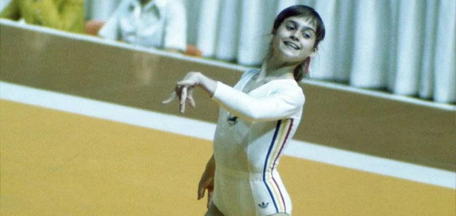 Nadia Comaneci, ganadora de 5 medallas de oro olímpicas, en 1.976