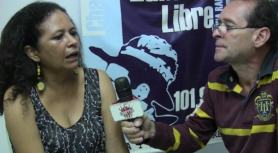 Ramón Martínez entrevistando a Arlenis Agilera en Cabalgando por América en Radio Zamora Libre 101.9 FM