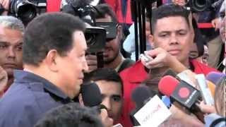 Catia recibió al Huracán Bolivariano y se desbordó de amor por Chávez, quien solía decir amor con amor se paga
