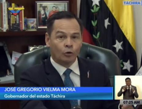 Vielma Mora subrayó que, de acuerdo con los reportes del general de División Carlos Yanes Figueredo, entre 8 mil y 22 mil litros de combustible son incautados diariamente por las autoridades en la frontera colombo venezolana.