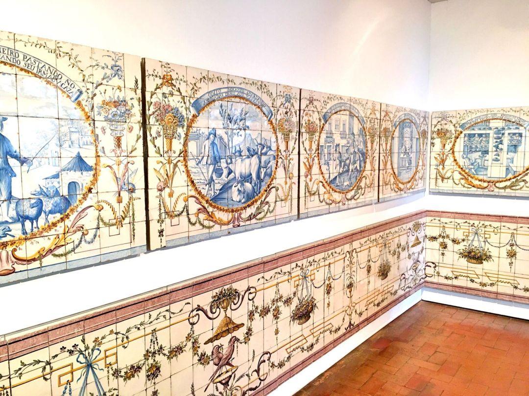 18th century azulejos