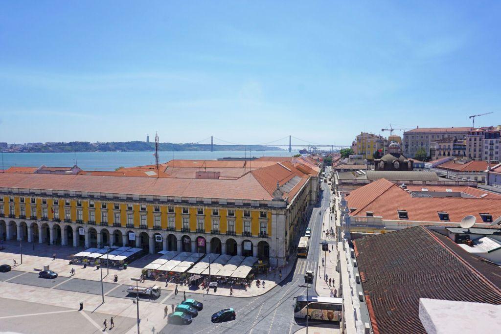 Vue du pont depuis Arco da Rua Augusta