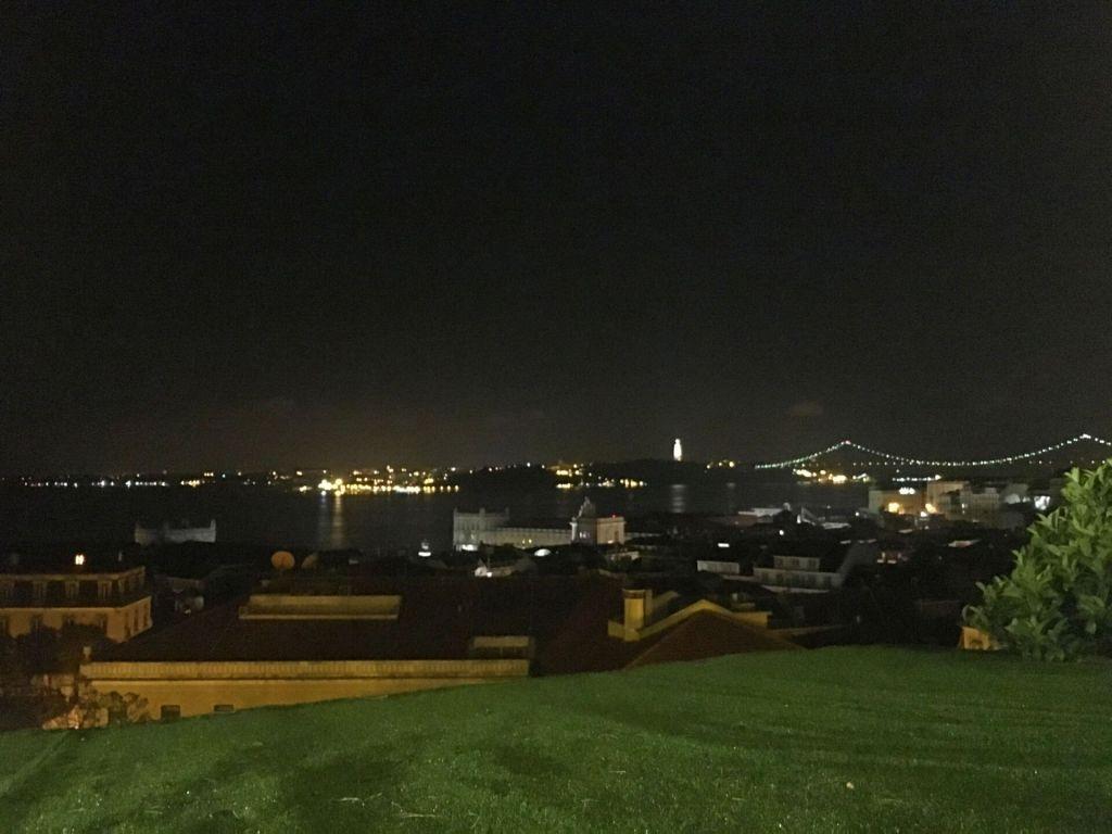 Chapitô à Mesa night view