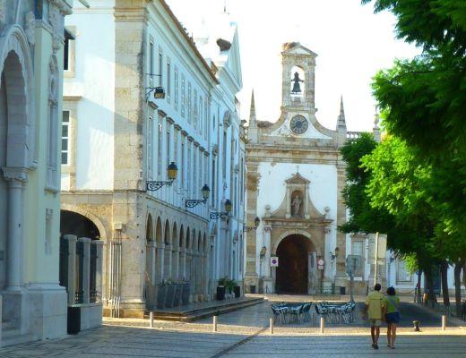 Faro church - 300 Days of Summer
