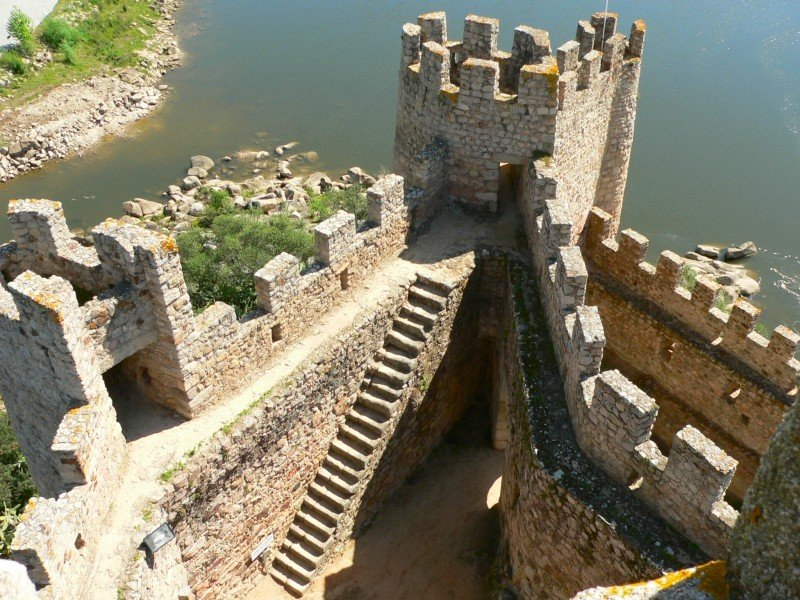 Castelo de Almourol inside