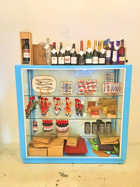 More Than Wine - souvenirs