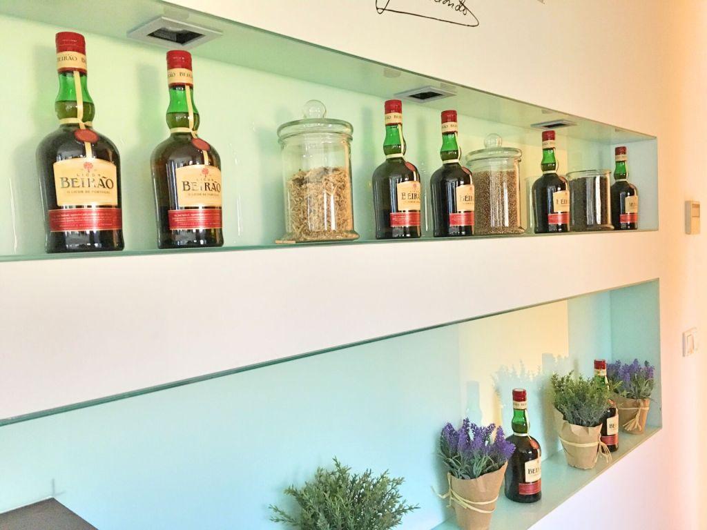 Licor Beirão bar