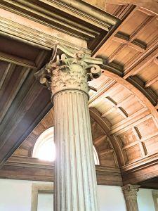 Convento de Cristo, column