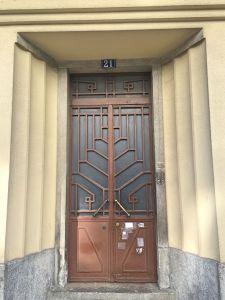 Portuguese door 12