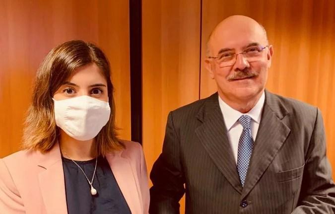 Dep. Tabata Amaral é criticada nas redes por fazer lobby pela volta às aulas na pandemia
