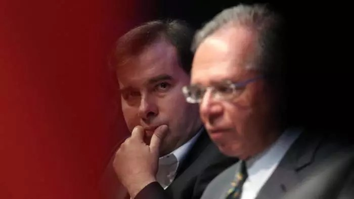 """Maia rompe com Paulo Guedes e começa a jogar contra o """"Posto Ipiranga""""."""