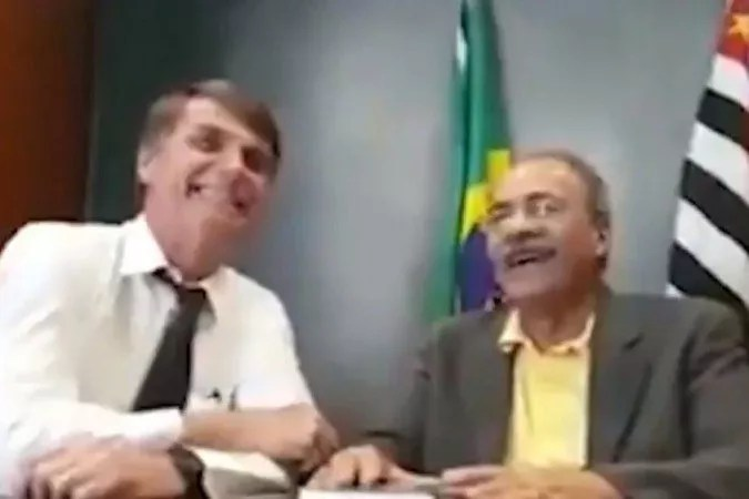"Vídeo: A moralidade ""entre as nádegas"" do governo e do vice-líder de Bolsonaro"