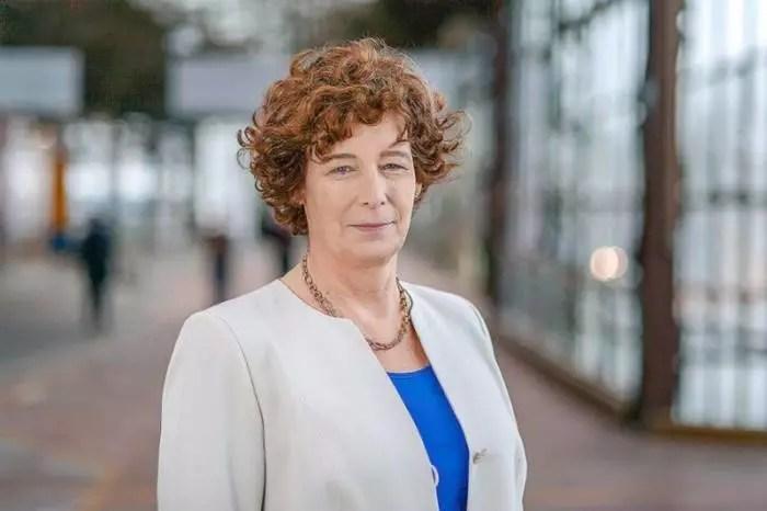 Bélgica nomeia a primeira vice-premier trans, da Europa.