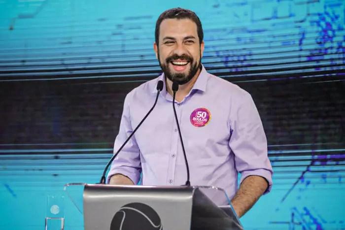 Ataque do gabinete do ódio, no Twitter, deve ser comemorada por Guilherme Boulos.