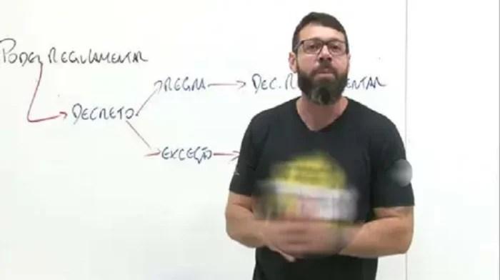 Professor de curso vendido por Bolsonaro mata a mulher grávida e se suicida; em aula, ele defendeu homicídio contra traição