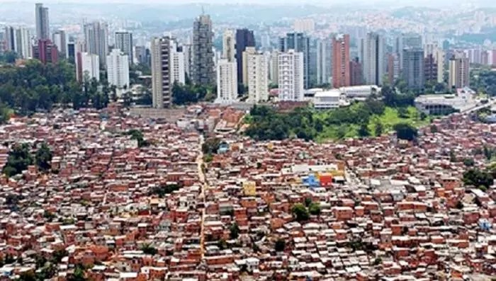 O Brasil quebrado x O Brasil inquebrável
