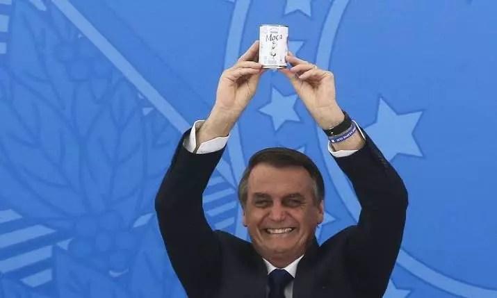 Governo Bolsonaro gastou R$ 15 milhões em leite condensado, em 2020.