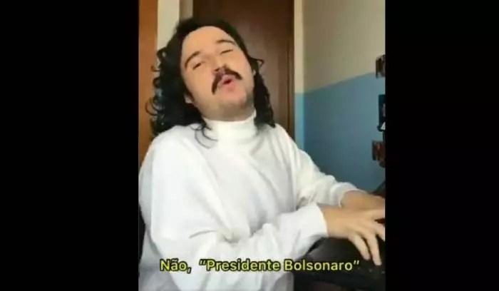 Vídeo: 'Pifaizer' enviando e-mails pro gov. Bolsonaro.