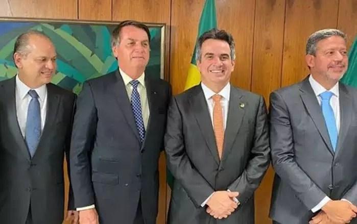 Bolsonaro quer tornar o centrão sócio da desmoralização das eleições
