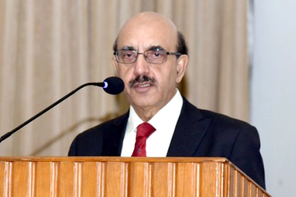 Masood urges Pakistani youth to fight Kashmir case