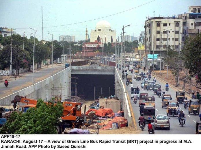 KARACHI: August 17 – A view of Green Line Bus Rapid Transit (BRT) project in progress at M.A. Jinnah Road. APP Photo by Saeed Qureshi