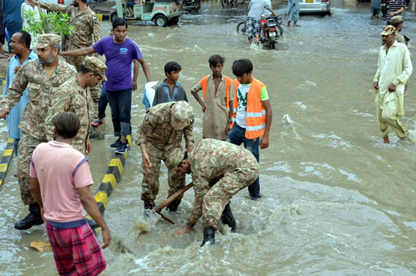 Pakistan Army Flood Emergency Control Centers functional in Karachi