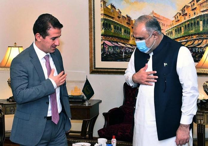ISLAMABAD: September 08 - Speaker National Assembly Asad Qaiser receiving Ambassador of Azerbaijan Ali Alizada. APP