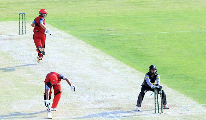 MULTAN: September 30 - A view of cricket match between Northern and Khyber Pakhtunkhwa teams during National T20 Cup played at Multan Cricket Stadium. APP photo by Qasim Ghauri