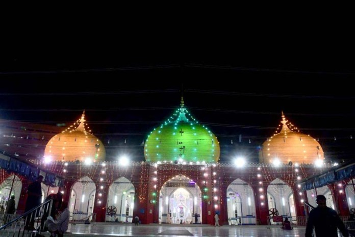KARACHI: October 29 -Illuminated view of Memon Masjid ahead of celebrations of Eid-e-Milad-un-Nabi, the birthday of Prophet Mohammad (SAWW). APP Photo by M Saeed Qureshi