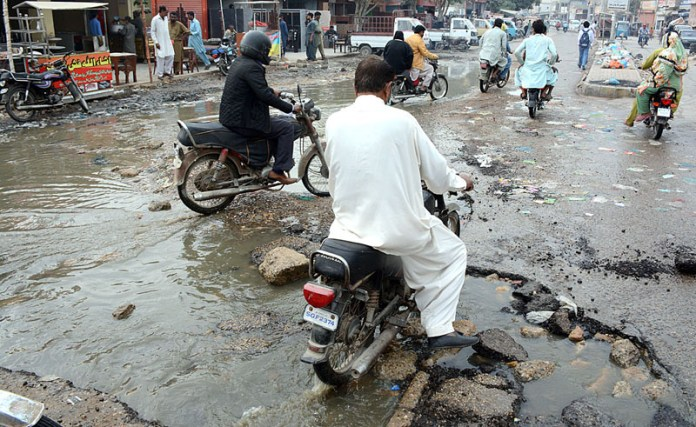 A view of sewerage water accumulated at main road of lines area and needs the attention of concerned authorities