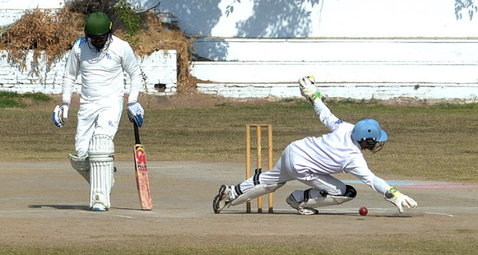 Intense battles on cards as seventh round of first-class Quaid-e-Azam Trophy begins on Tuesday