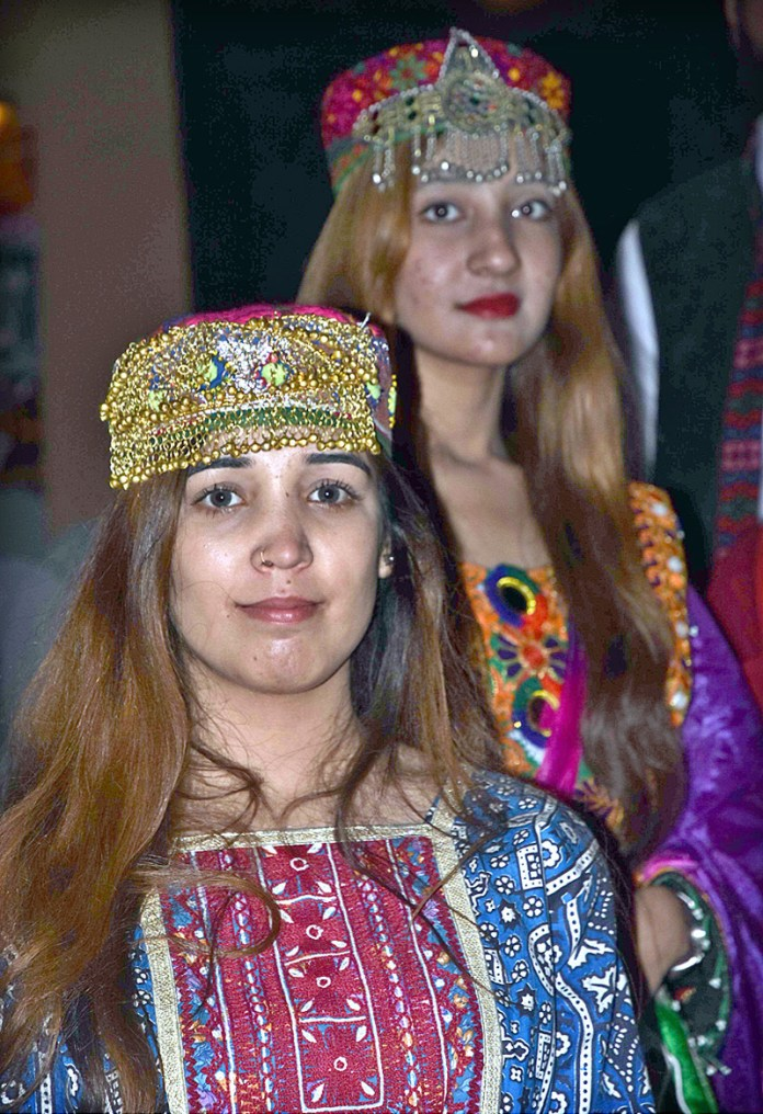 "ISLAMABAD: November 06 – Artists in traditional costumes during the opening ceremony of Folk Festival of Pakistan ""LOK MELA"" at Lok Virsa Shakarparian. APP photo by Irfan Mahmood"