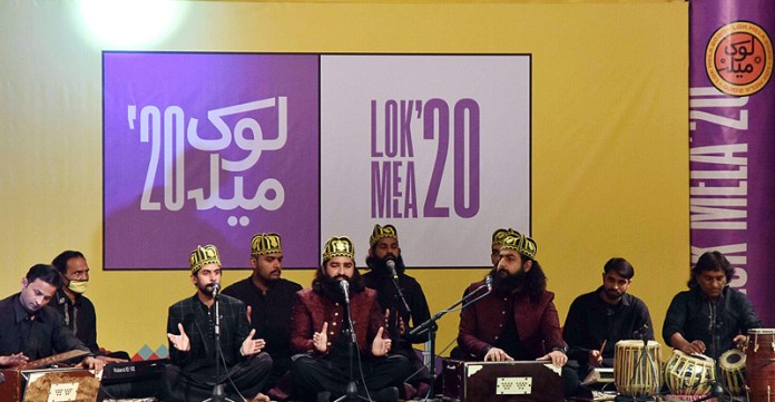 "ISLAMABAD: November 06 – A group of Qawwal performing on stage during the opening ceremony of Folk Festival of Pakistan ""LOK MELA"" at Lok Virsa Shakarparian. APP photo by Irfan Mahmood"