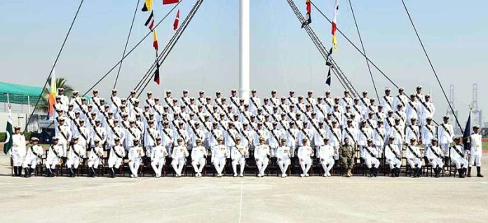 Chief of Naval staff Admiral Muhammad Amjad Khan Niazi in a group photo with commissioning term during 114th Midshipmen commissioning parade at Pakistan Naval Academy Manora
