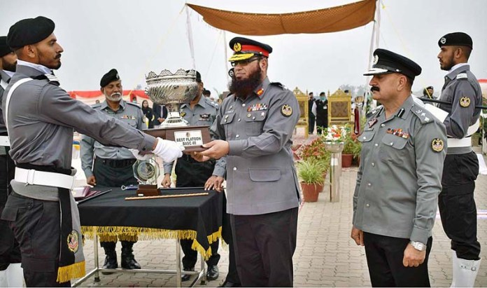 Director Brig. Furqan Moazzam, Sector Commander ASF (North) distributing best platoon awards during oath taking ceremony of BASC-48 at Sialkot International Air Port