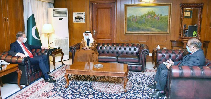 FM says UAE steadfastly stood by Pakistan in times of need