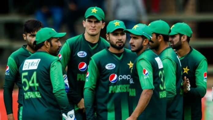 Pak cricketers briefed on COVID-19 protocols for South Africa series
