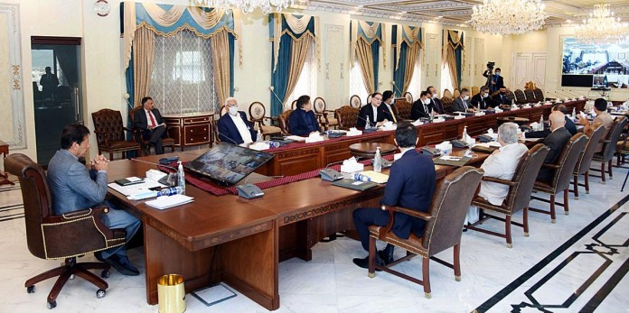 Rs 353.4 bln construction projects in Punjab to beget Rs1767.1 bln economic activities, PM told