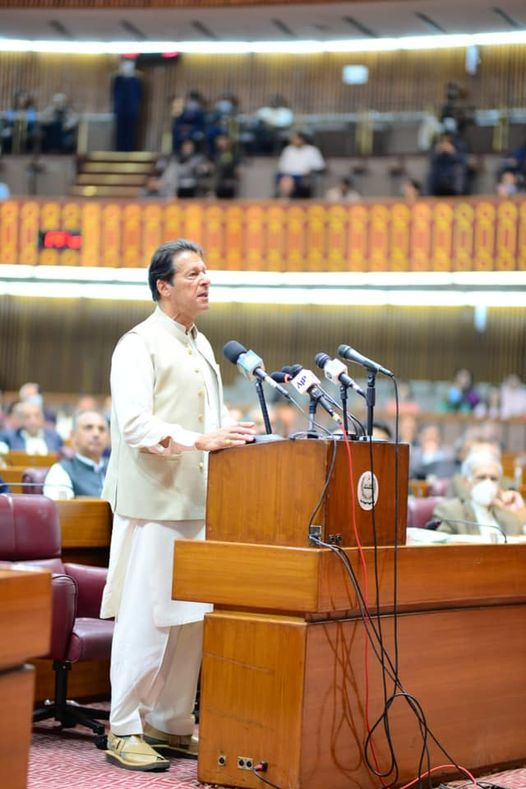 pm-vows-to-continue-fighting-against-corrupt-politicians