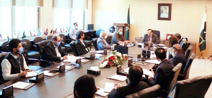 Federal Secretary for Narcotics Control, Akbar Durrani (TI) / PAS chairing the 3rd meeting of technical committee on regulatory framework for treatment and rehabilitation of drug dependents