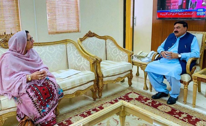 Minister for Defence Production, Ms. Zubaida Jalal calling on Minister for Interior Sheikh Rashid Ahmed