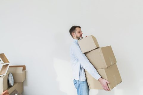 moving and shipping boxes
