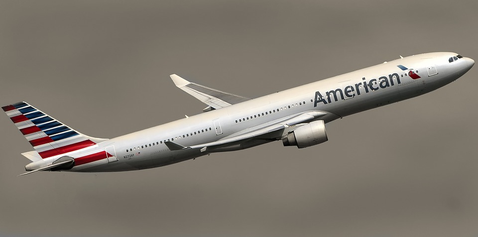 What are the approaches to registration with American Airlines?