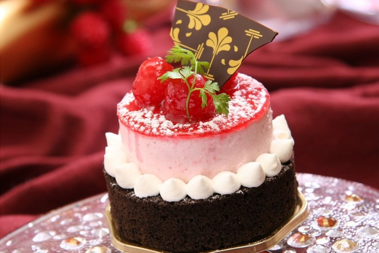 Bake Delicious Cakes